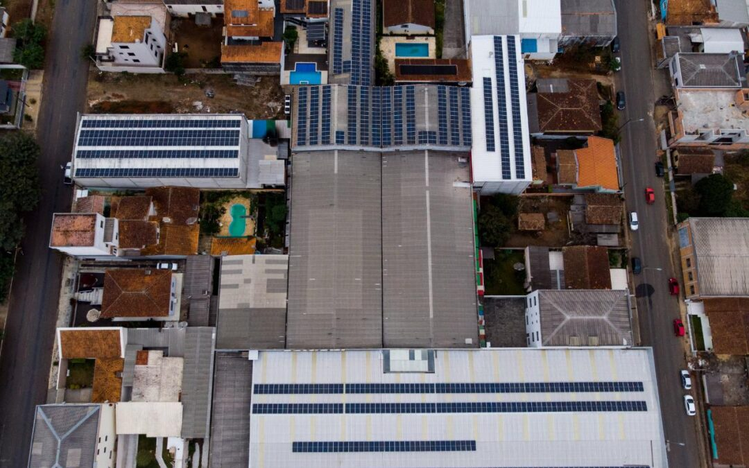 Supermercado Savinski – 298,76 kWp